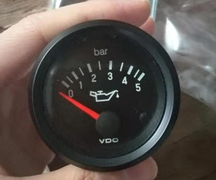 350-040-003 VDO oil pressure gauge